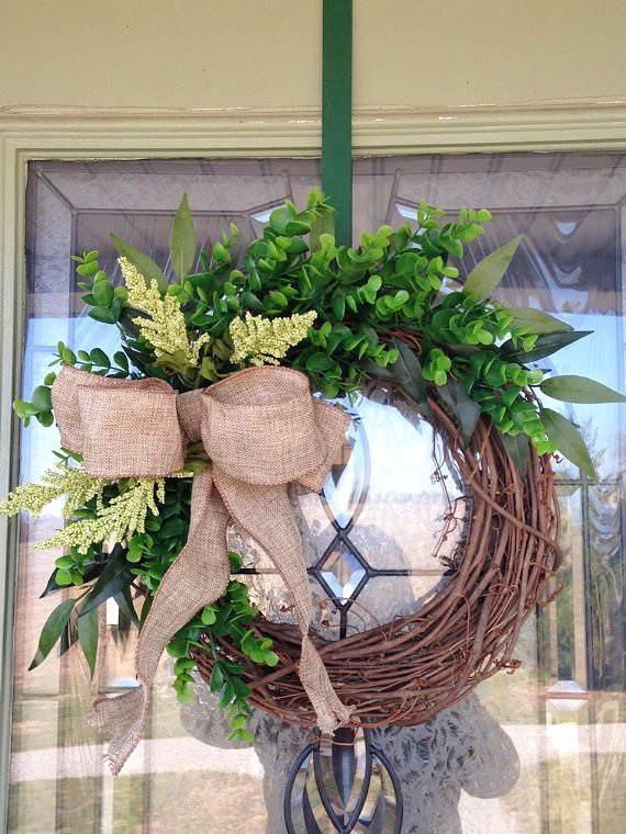 lovely little grapevine x boxwood wreath
